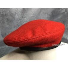 Берет шовный красного цвета юнармии