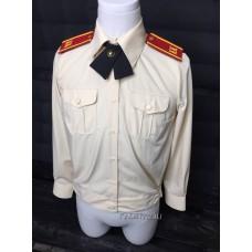Блузка кадетская кремового цвета
