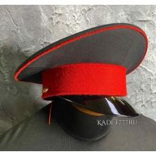 Кадетская фуражка черная красный кант и околыш