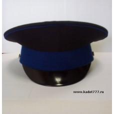 Фуражка для кадет черная с васильковым кантом и околышем.